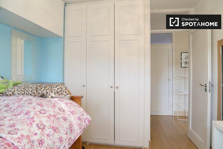 Chambres à louer dans le quartier résidentiel de 4 chambres à Rathgar, Dublin