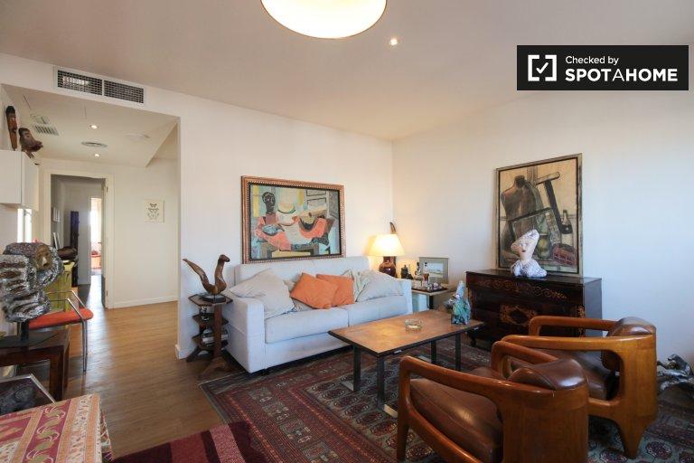 Apartamento de 3 quartos para alugar em La Esquerra de l'Eixample