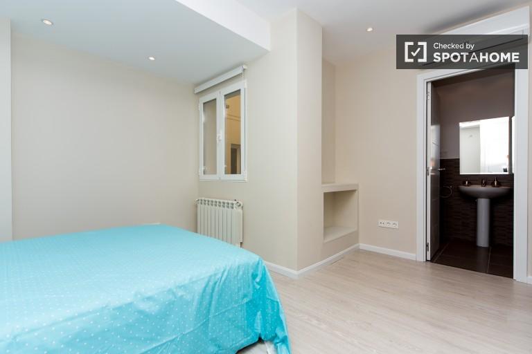 Bedroom 26 - double bed and en-suite
