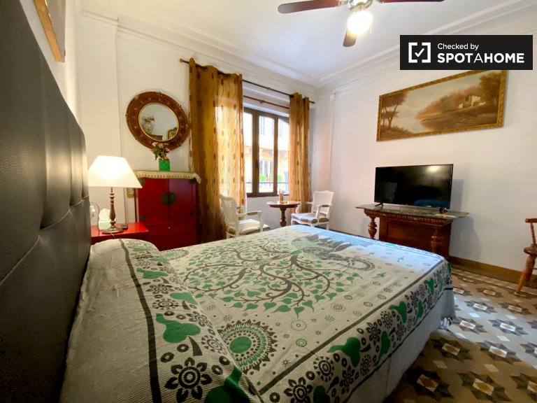 Traditionelle Studio-Wohnung zur Miete in Ciutat Vella