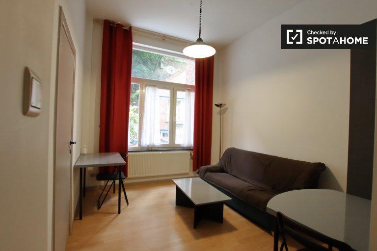 apartamento de 1 dormitorio en alquiler en Etterbeek, Bruselas