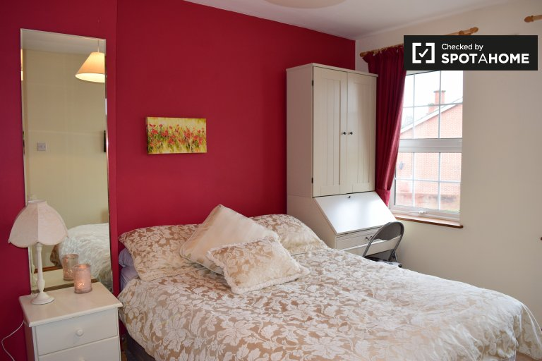 Charmantes Zimmer in einem Haus mit 3 Schlafzimmern in Terenure, Dublin