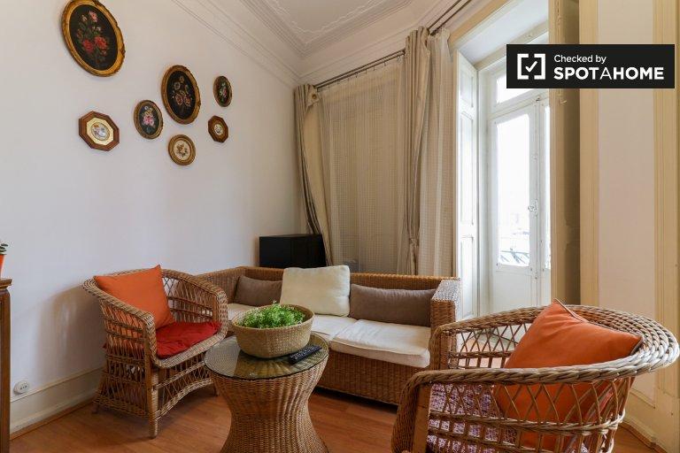Spazioso appartamento con 3 camere da letto in affitto ad Arroios, Lisbona