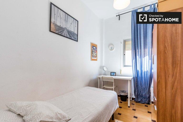 Przytulny pokój do wynajęcia w L'Amistat, Walencja