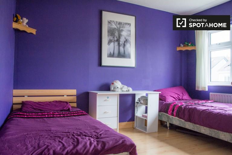 Chambre idéale dans un appartement de 3 chambres à Castleknock, Dublin