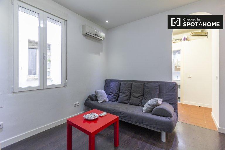 Apartamento de 2 dormitorios en alquiler en Imperial, Madrid