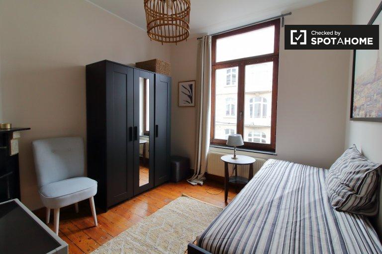 Charmantes Zimmer zu vermieten in Saint-Gilles, Brüssel
