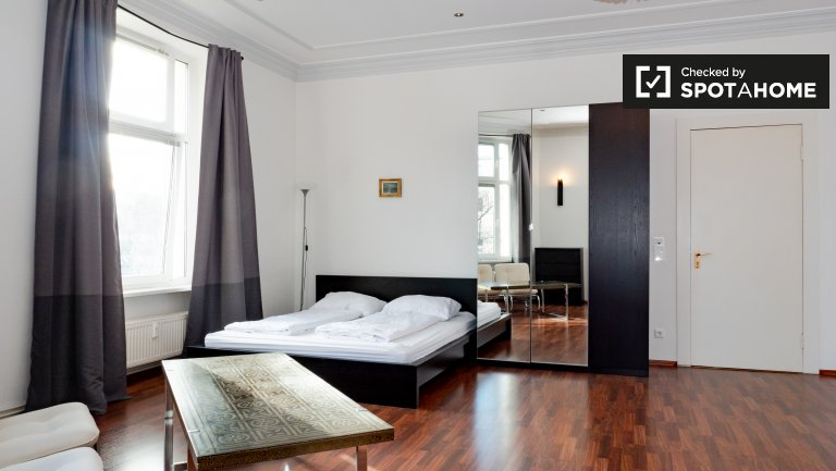 Cool apartment with 1 bedroom for rent in Moabit, Berlin