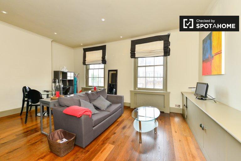 Appartement de 1 chambre à louer à Kensington & Chelsea, Londres