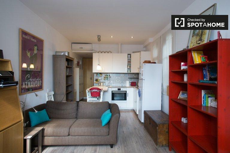 Atemberaubende 2-Zimmer-Wohnung zur Miete in Eixample Dreta