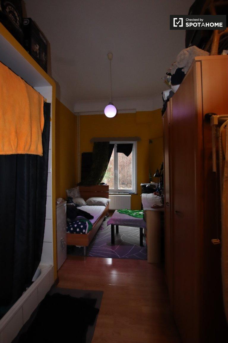 Estúdios para alugar em residence hall em Saint Josse, Bruxelas