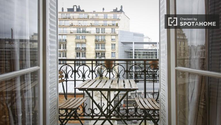 Przytulny pokój w apartamencie w Vaugirard, Paryż