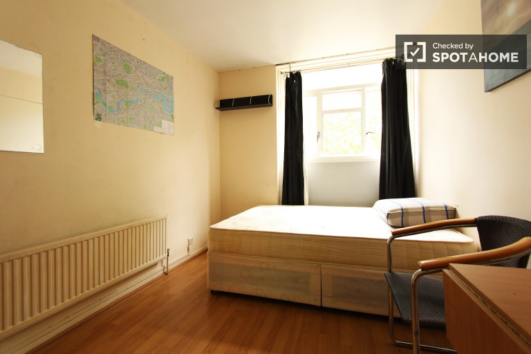 Bedroom 5, couple friendly with double bed and desk