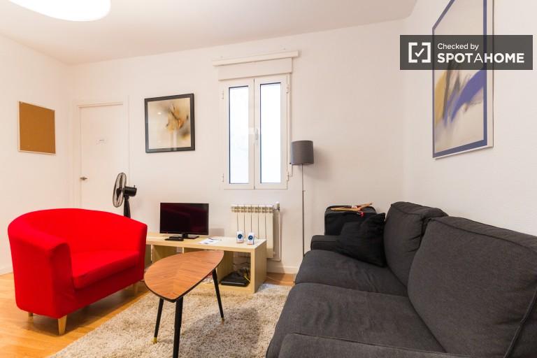 Pokoje we wspólnym mieszkaniu w dzielnicy Moncloa w Madrycie