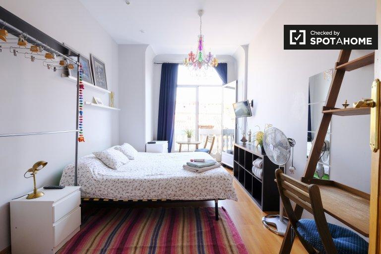Bonita habitación en alquiler en madrid centro.