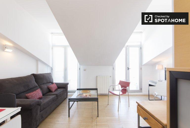 Große 3-Zimmer-Wohnung zur Miete in Centro, Madrid