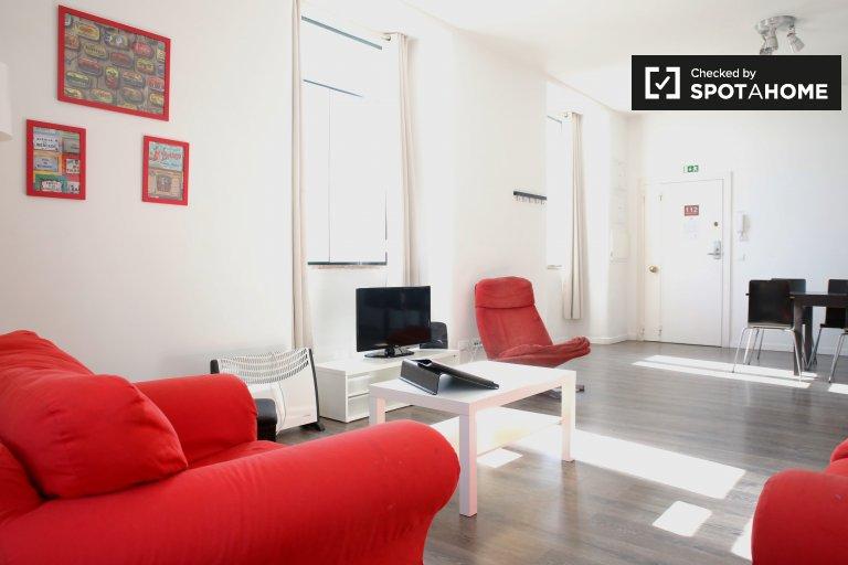 Cais'de kiralık muhteşem 3 yatak odalı daire Sodré do