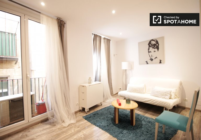 3-bedroom apartment for rent in El Born, Barcelona.