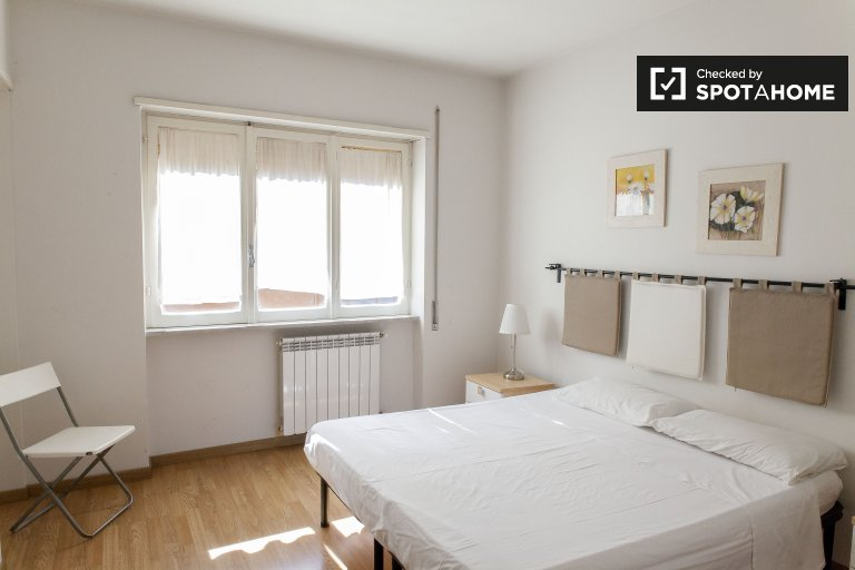 Bel appartement de 3 chambres à louer à Tiburtina, Rome