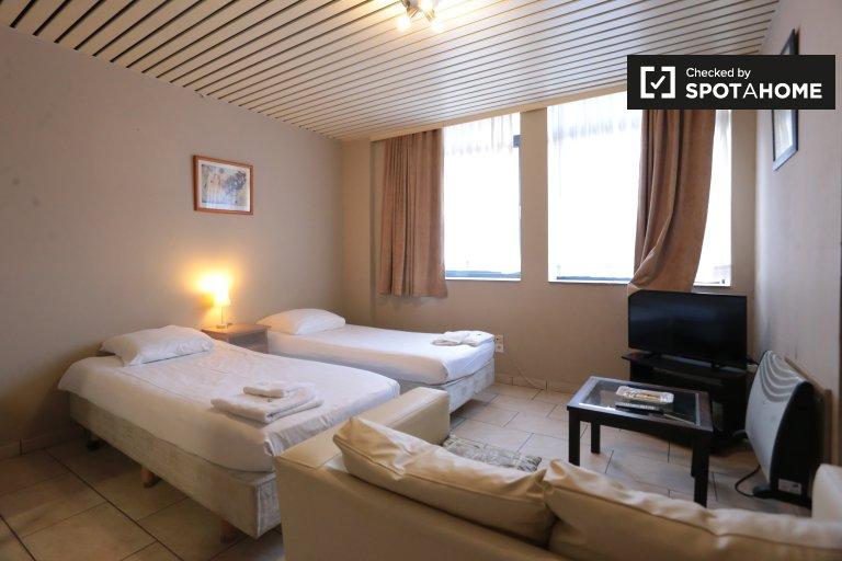 Apartamentos para alugar em residence hall, Schaerbeek, Bruxelas
