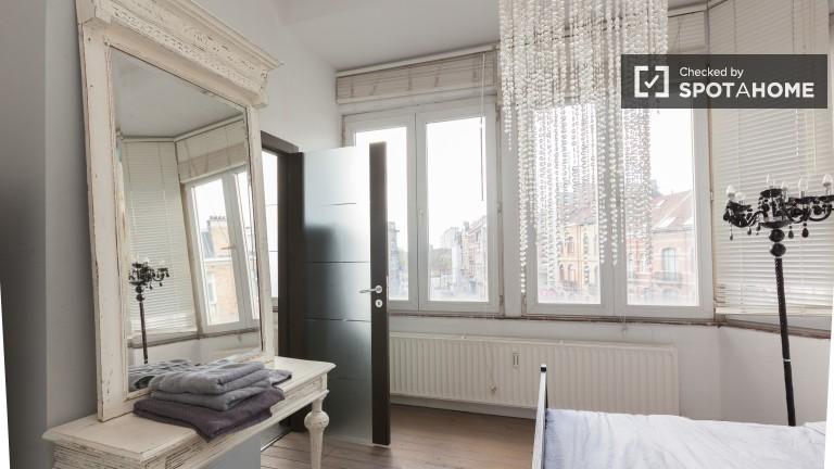 Belle chambre dans un appartement de 2 chambres à Schaerbeek, Bruxelles