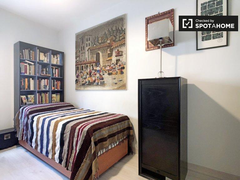 Przytulny pokój do wynajęcia w pobliżu Chamberí, Madryt