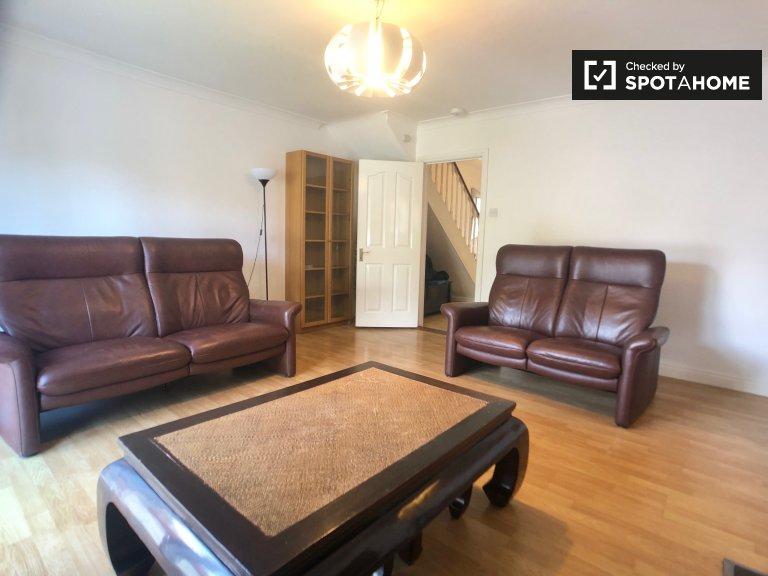 Przestronny dom z 3 sypialniami do wynajęcia w Ranelagh w Dublinie