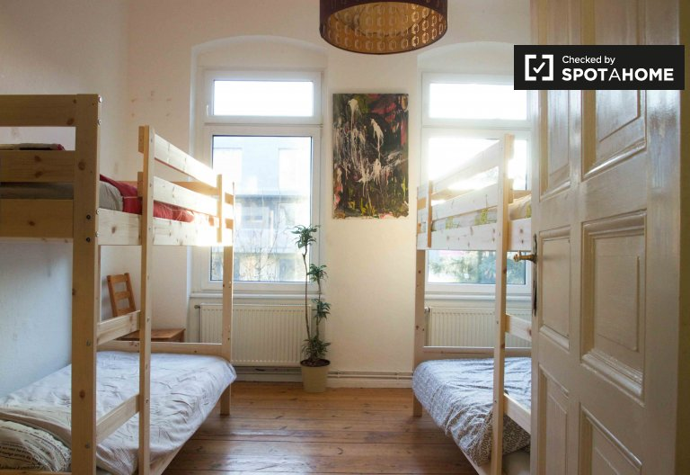 Rooms for rent in 4-bedroom apartment in Treptow, Berlin