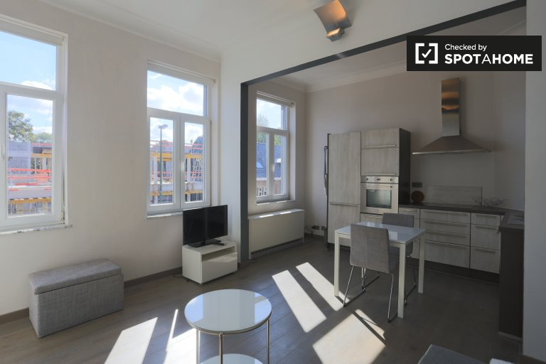Studio apartment for rent in Uccle in Brussels