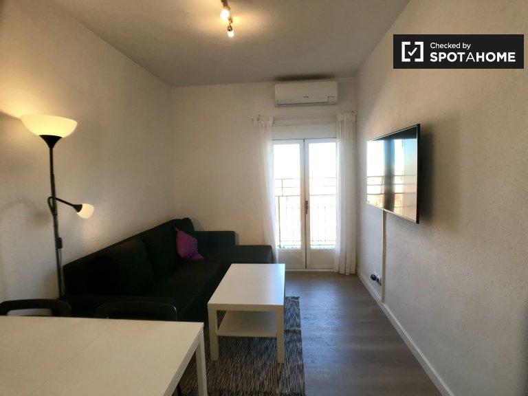 Świetne 2-pokojowe mieszkanie do wynajęcia w Lucero w Madrycie