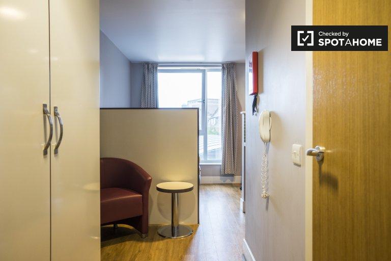 Acogedora habitación en residencia en Camden, Londres