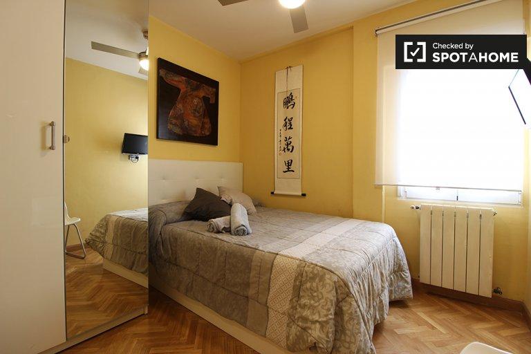 Camera da letto in affitto a Guindalera, Madrid