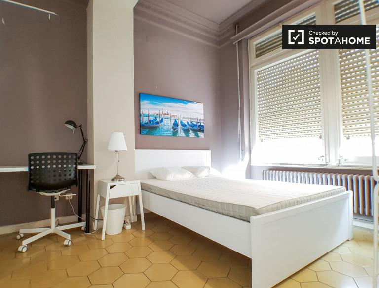 Louer un appartement partagé à Sarrià-Sant Gervasi, Barcelone