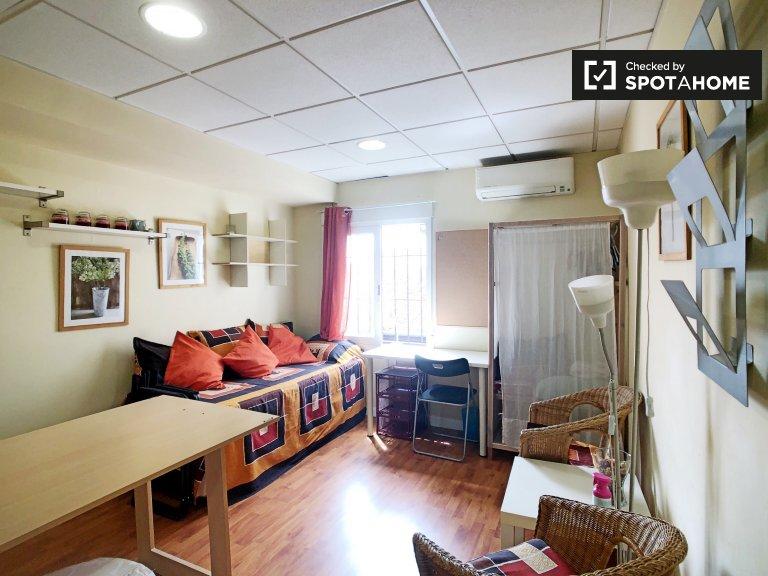 Cosy studio apartment for rent in Centro, Madrid