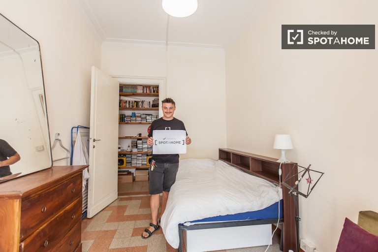 Bedroom 1 with queen bed