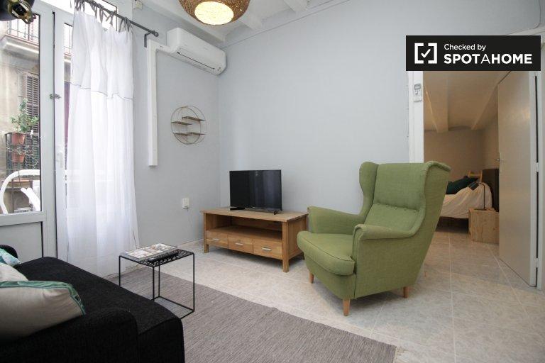 Stylowy 2-pokojowy apartament do wynajęcia w El Born, Barcelona