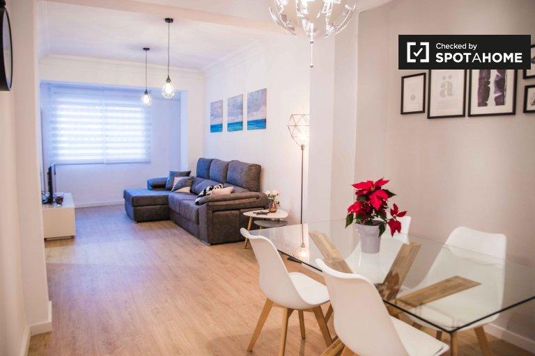 Stylowe 3-pokojowe mieszkanie do wynajęcia w La Saïdia, Valencia