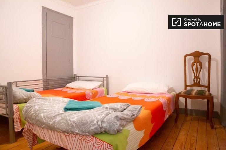 Chambre dans un appartement de 4 chambres à Santa Maria Maior, Lisboa