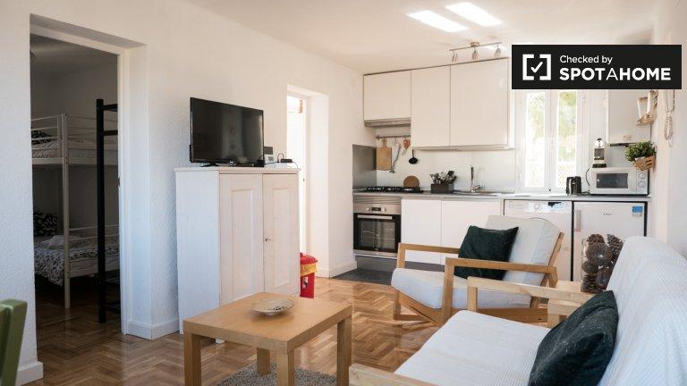 3-Zimmer-Wohnung zur Miete in Usera, Madrid
