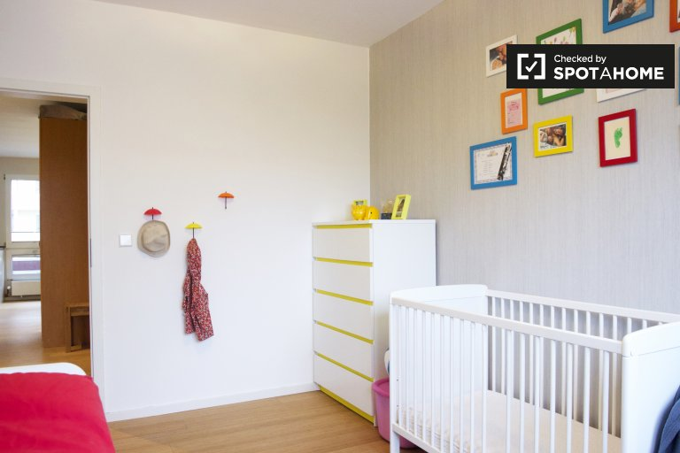 Double Bed in Rooms for rent in modern 2-bedroom apartment in Mitte