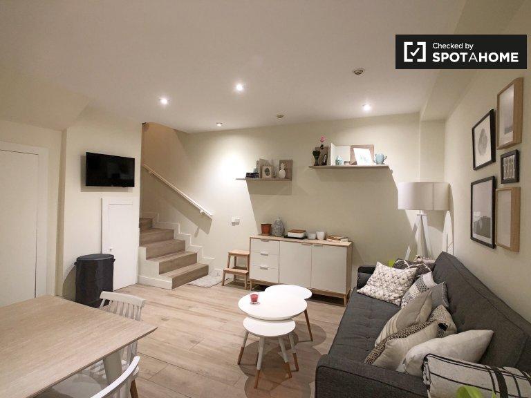 Stylowe 2-pokojowe mieszkanie do wynajęcia w Madrycie Centro