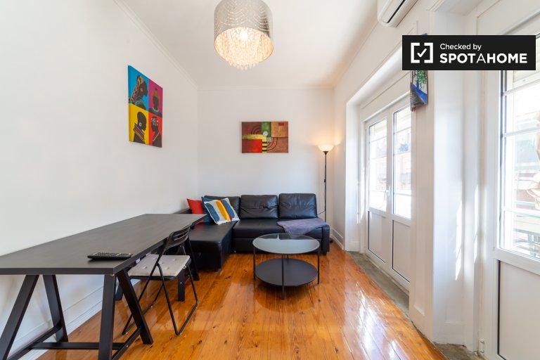 Accogliente appartamento con 2 camere da letto in affitto ad Ajuda, Lisbona