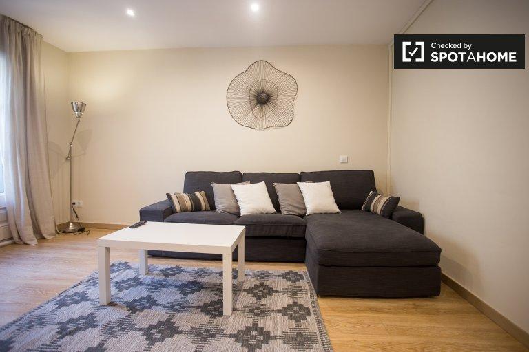 Apartamento de 4 dormitorios en alquiler en El Born, Barcelona.
