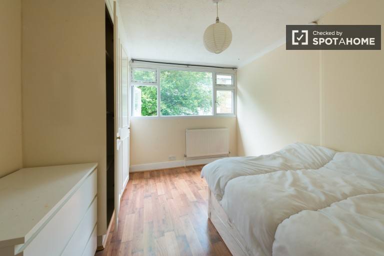 Bedroom 3, couple-friendly with double bed