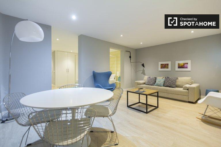 Jasny apartament typu studio do wynajęcia w La Latina, Madryt