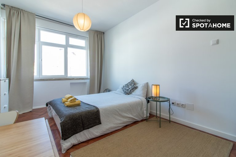 Modern studio apartment for rent in Arroios, Lisbon