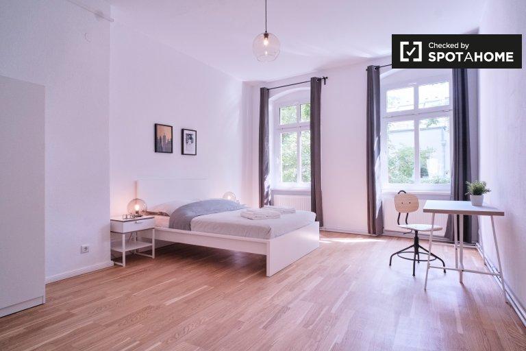 Berlin -Schöneberg, Berlin'de kiralık 2 yatak odalı daire