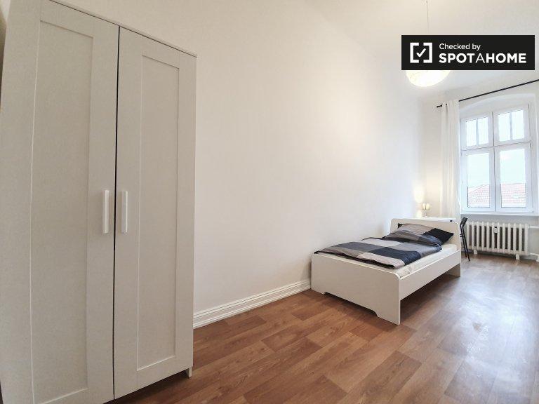 Zimmer zur Miete in 8-Zimmer-Wohnung in Wilmersdorf