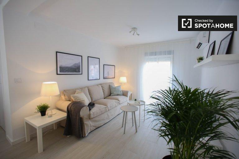 Moderne 2-Zimmer-Wohnung zur Miete in Benicalap, Valencia