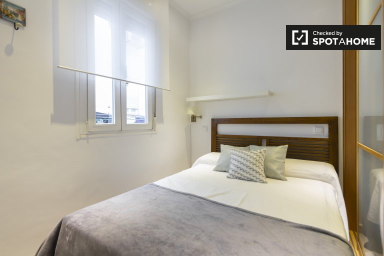 Jasne 2-pokojowe mieszkanie do wynajęcia w Salamance w Madrycie